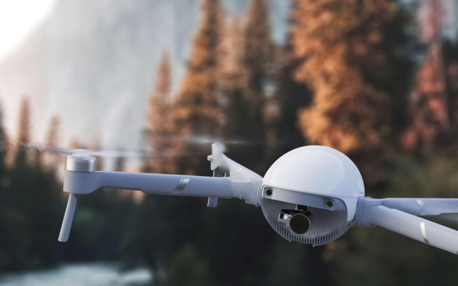 En mode drone, le PowerEgg X peut voler sous la pluie et il est également disponible avec un pack lui permettant d'amerrir. © PowerVision