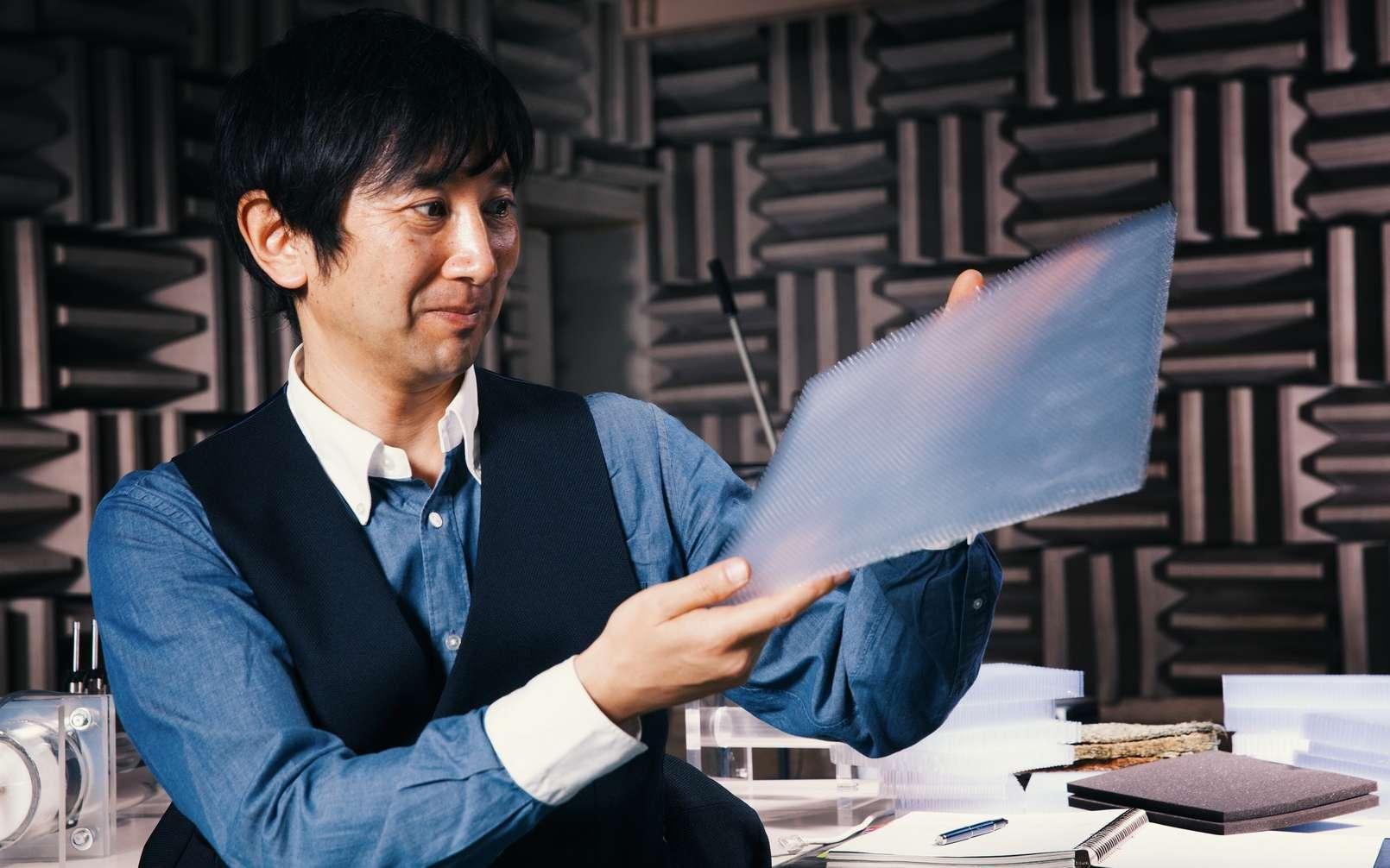 Susumu Miura, l'un des ingénieurs de Nissan à l'origine de la création de ce nouvel isolant phonique. © Nissan