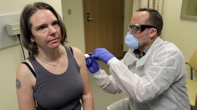 70 vacunas COVID-19 en desarrollo a nivel mundial, los ensayos en humanos progresan