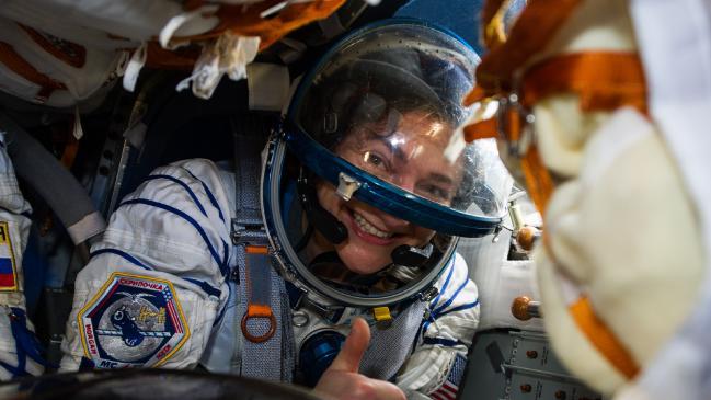 Los astronautas regresan de la Estación Espacial Internacional a la Tierra en medio de una pandemia de coronavirus
