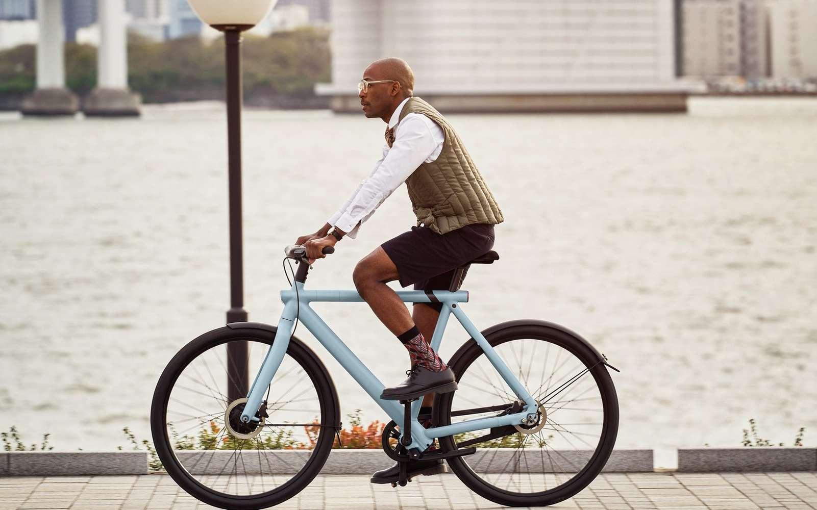 Le VanMoof S3 se destine aux cyclistes de grande taille, entre 1,70 et 2,10 mètres. © VanMoof