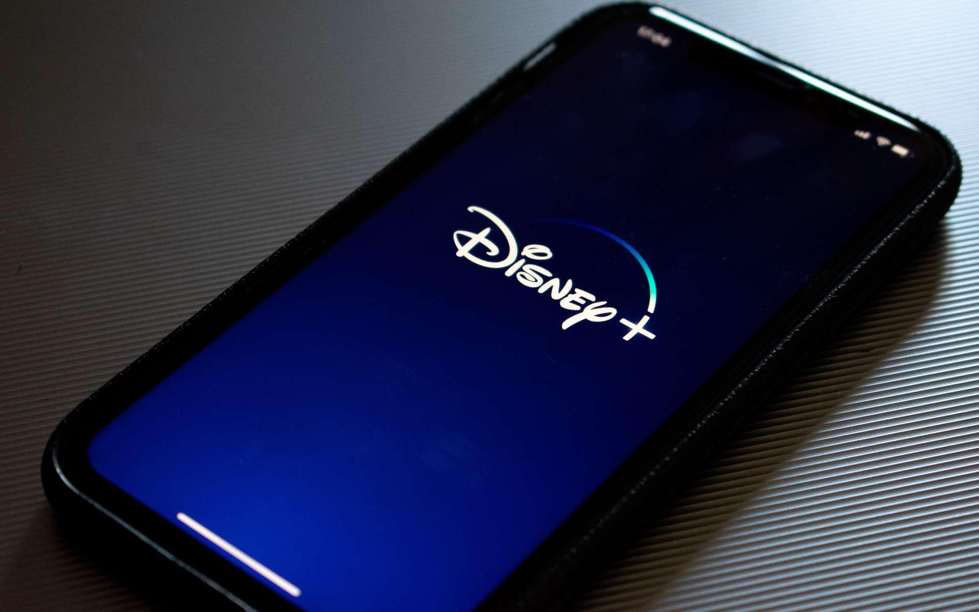 Bon plan : Découvrez Disney+ avec Canal+ à 19,90 €/mois © Kon Karampelas, Unsplash