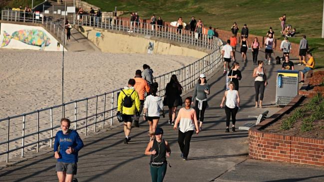 El clima este fin de semana podría tentar a los australianos a romper el distanciamiento social