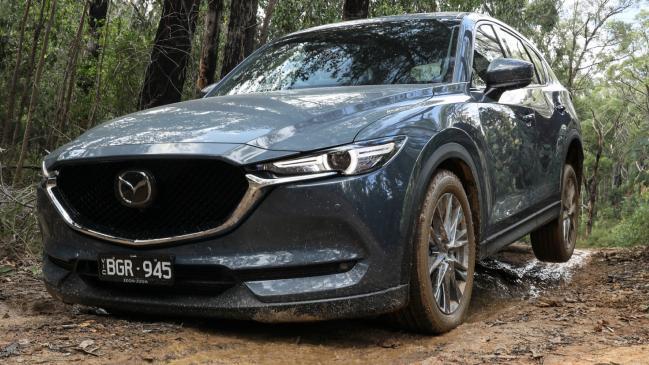 2020 Mazda CX-5 actualizado para offroading