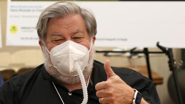El cofundador de Apple, Steve Wozniak, demanda a YouTube y Google por estafa de Bitcoin