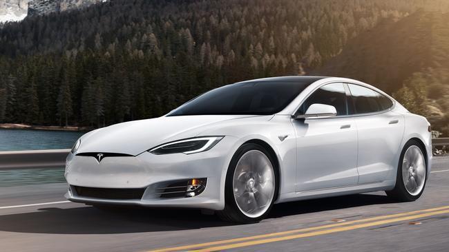Actualización del modelo S de Tesla: más rendimiento, mejor batería