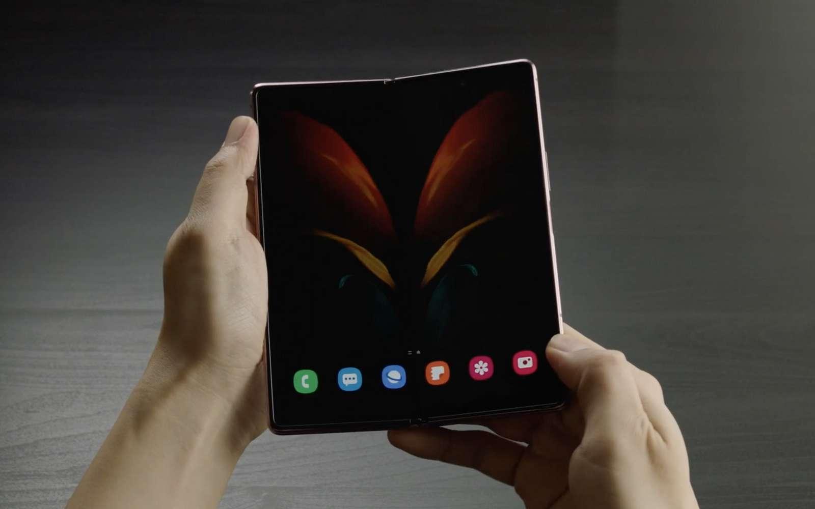 Avec son Galaxy Z Fold 2, Samsung répond aux critiques de son smartphone pliable. © Samsung