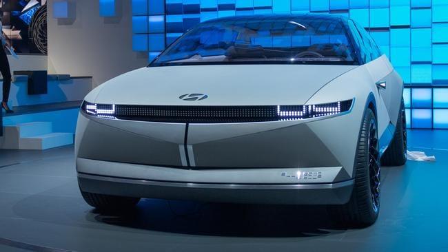Lanzamiento de la marca de coches eléctricos Hyundai Ioniq