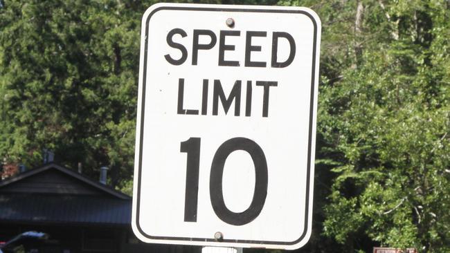Los límites de velocidad de Sydney podrían reducirse a 40 km / ho 10 km / h bajo nuevos cambios