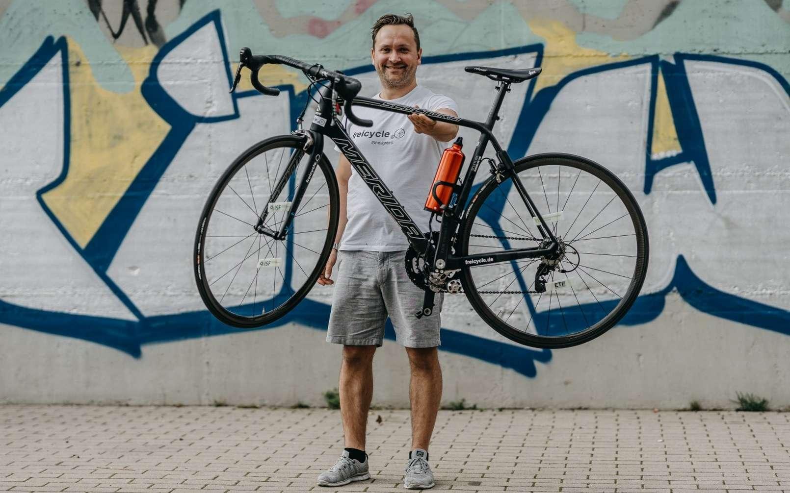 Le Freicycle est aussi léger qu'un vélo de route musculaire haut de gamme. © Timm Heese, Freicycle
