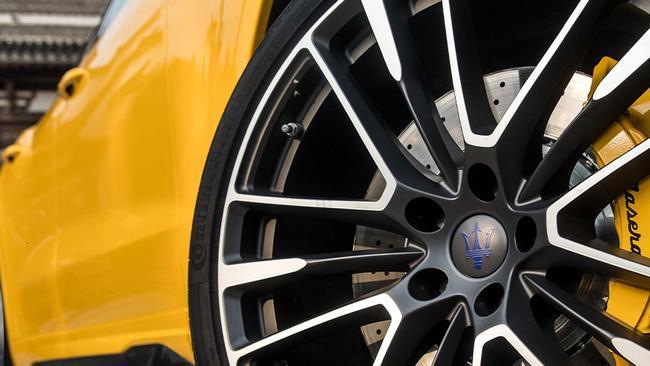 Revisión del Maserati Levante Trofeo: el nuevo SUV de Italia que escupe fuego