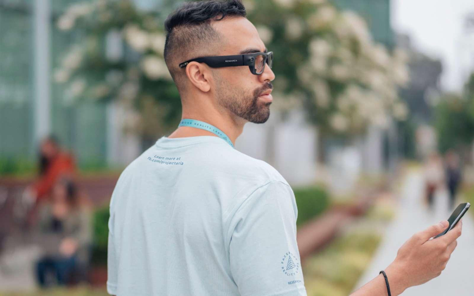Les premières lunettes connectées Facebook devraient arriver dès 2021. © Facebook