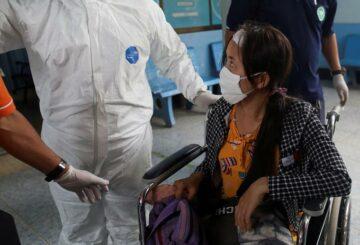 Algunos heridos de Myanmar cruzan a Tailandia, otros son enviados de regreso