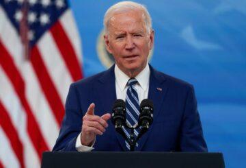 Análisis: corporaciones, ricos pagan en el plan de infraestructura de Biden, no conductores y pasajeros