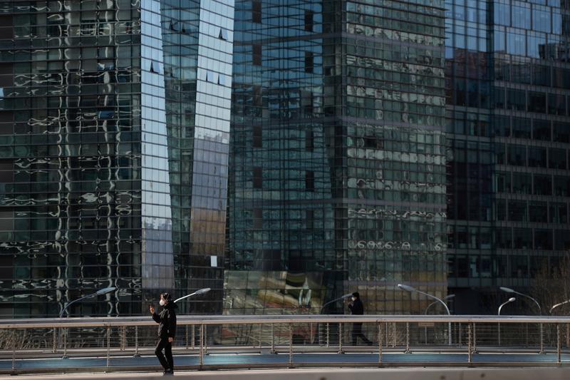 Análisis: las pequeñas empresas de tecnología de China salen de las sombras mientras los gigantes se tambalean por la represión regulatoria