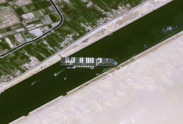 Intento de reflotar el barco que bloquea el Canal de Suez no tuvo éxito: gerente técnico del barco