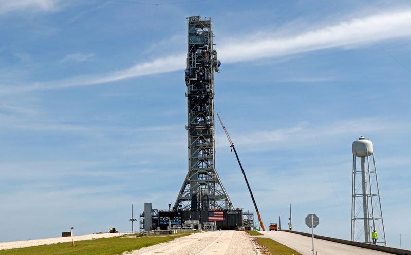 La NASA completa una prueba importante en un cohete que podría llevar a los humanos de regreso a la luna