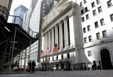 Las acciones caen como estímulo, los costos de infraestructura asustan a los inversores