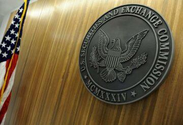 Las acciones tecnológicas chinas se desploman cuando la SEC de EE. UU. Comienza la implementación de una ley destinada a la exclusión de la lista