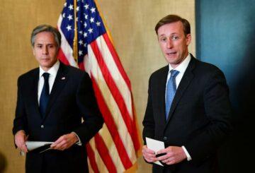 Las 'duras' conversaciones entre Estados Unidos y China señalan un comienzo difícil de las relaciones bajo Biden