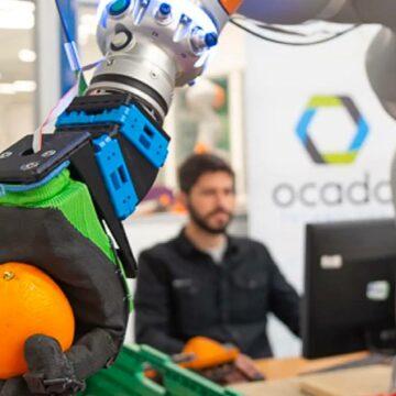 El futuro de los robots de Ocado tiene un gran defecto: humanos baratos y blandos