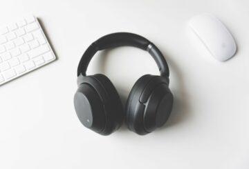 """¿Pronto un """"impuesto de audio"""" en auriculares, audífonos y parlantes?"""