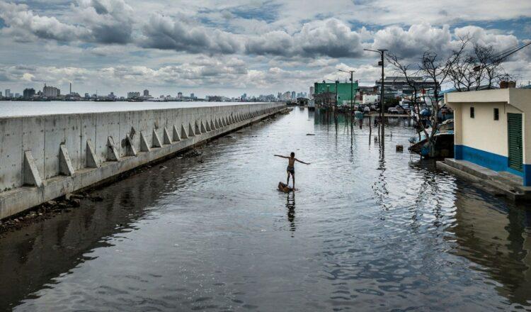 'After Us the Deluge' captura imágenes de un mundo que se hunde