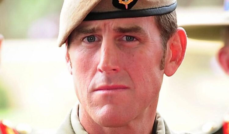 La corte se entera de la amenaza legal de un héroe de guerra a su ex esposa