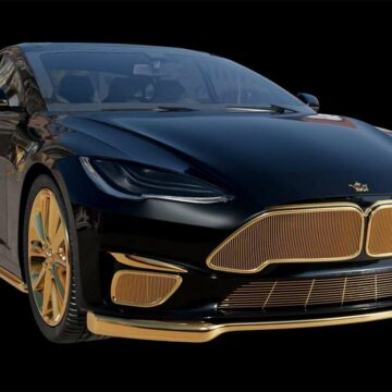 La Tesla Model Excellence 24K. © Caviar