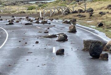 El mar embravecido destroza la bahía de Port Phillip