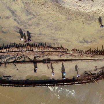 Naufragio oculto 'glorioso' resurgió en la playa de Woolgoolga