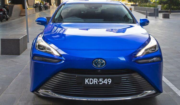 Revisión de Toyota Mirai 2021    Pila de combustible de hidrógeno, coche eléctrico, explicado