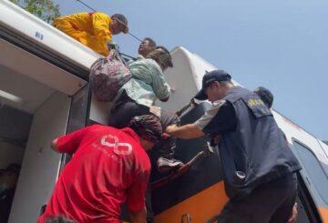 Accidente de tren mata a 50 personas en la tragedia ferroviaria más mortal de Taiwán en décadas