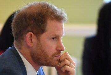 El príncipe Harry regresa al Reino Unido para el funeral del príncipe Felipe