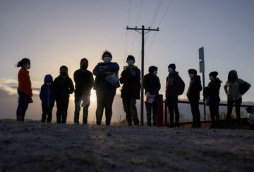 Estados Unidos atrapó a la mayor cantidad de migrantes en dos décadas en la frontera entre Estados Unidos y México en marzo