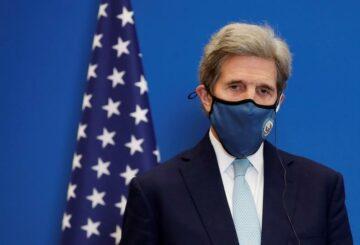 Kerry: Estados Unidos tiene la `` esperanza '' de poder trabajar con China para abordar el cambio climático