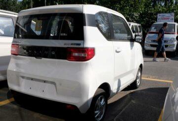 La historia de dos fabricantes de automóviles: GM y Toyota toman diferentes carreteras eléctricas en China