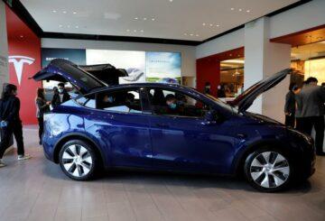 Las acciones de Tesla aumentan en las entregas récord de autos eléctricos en el primer trimestre