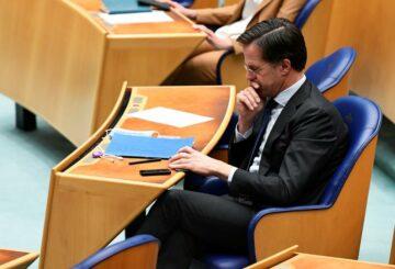 Las perspectivas de Rutte de formar un nuevo gobierno holandés disminuyen a medida que renuncia el socio de la coalición