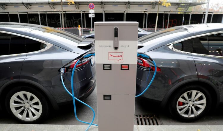 Tesla Model X electric cars recharge their batteries in Berlin, Germany, November 13, 2019.    REUTERS/Fabrizio Bensch