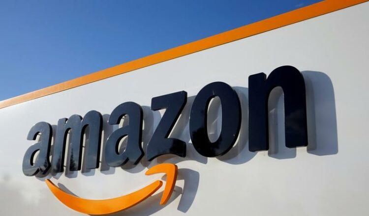 Las ventas y las ganancias de Amazon aumentan a medida que el minorista se enfrenta a la ola de compras pandémicas