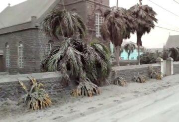 Los cortes de energía azotan la isla de San Vicente en medio de los temblores del volcán