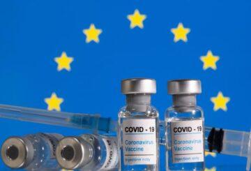 Los pasaportes de vacunas deben ser proporcionales, legales, dicen los organismos de control de la privacidad de la UE