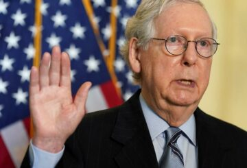 'Manténgase alejado de la política', dice el líder republicano McConnell a los directores ejecutivos de EE. UU.