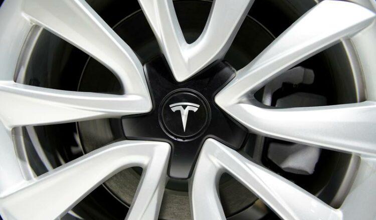 No hay un calendario para aprobar la gigafábrica alemana de Tesla, dice un estado alemán