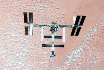 Nuevas bacterias furtivas en la ISS podrían construir un futuro en Marte