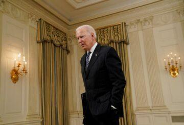 Senado de Estados Unidos prepara legislación sobre semiconductores, dice Biden