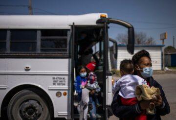 'Sin miedo a disparar': la migración aumenta la tensión en la ciudad fronteriza de Texas