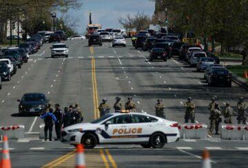 Un oficial y un sospechoso murieron en un ataque al Capitolio de los Estados Unidos - policía