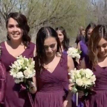 Las damas de honor se burlan de la novia con zapatos prohibidos